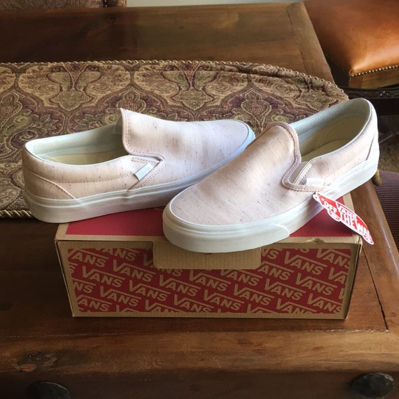 3ac03d1ae81c VANS Classic Slip-On in Speckle Jersey (Pink). M 5a4e7556fcdc311d69014250